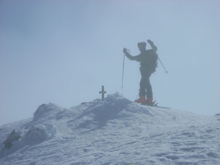 cumbre del pico tres provincias