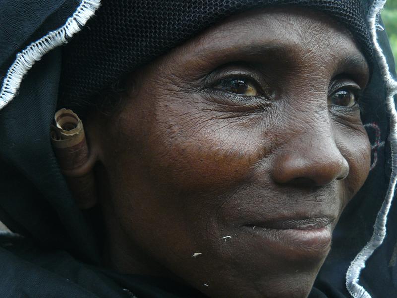 Mujer con monedero