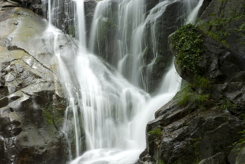 Cascada de la Nogaleas