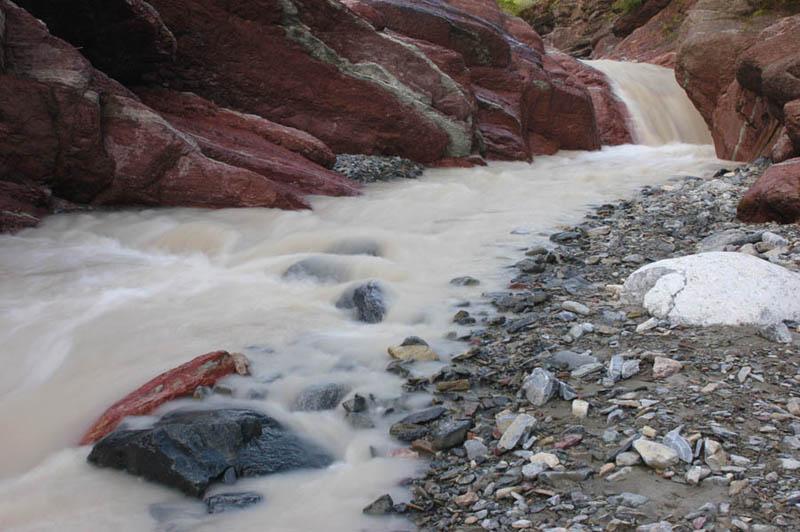 Waterton Red Rock Canyon