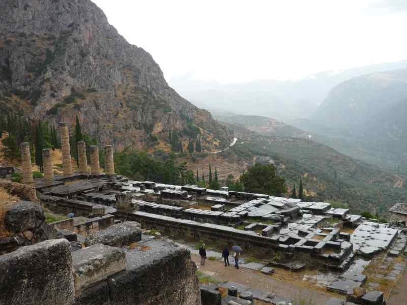 Delfos, Templo de Apolo