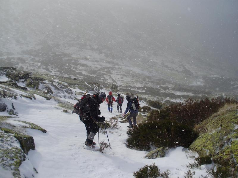 Ventisca en la montaña