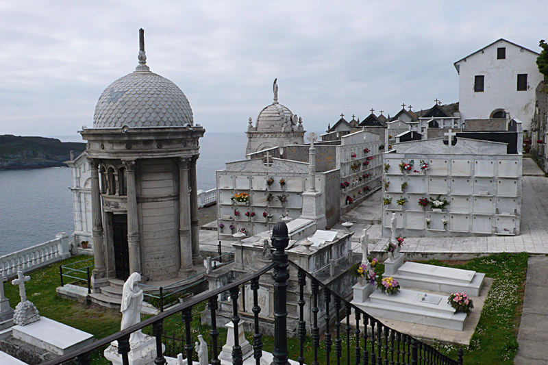 Cementerio luarca