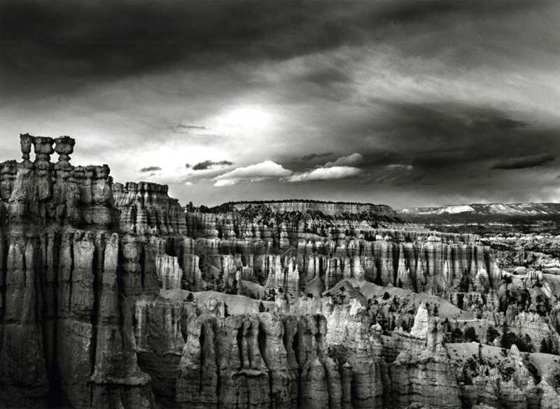 item7.rendition.slideshowWideHorizontal.bryce-canyon-national-park-utah-0412
