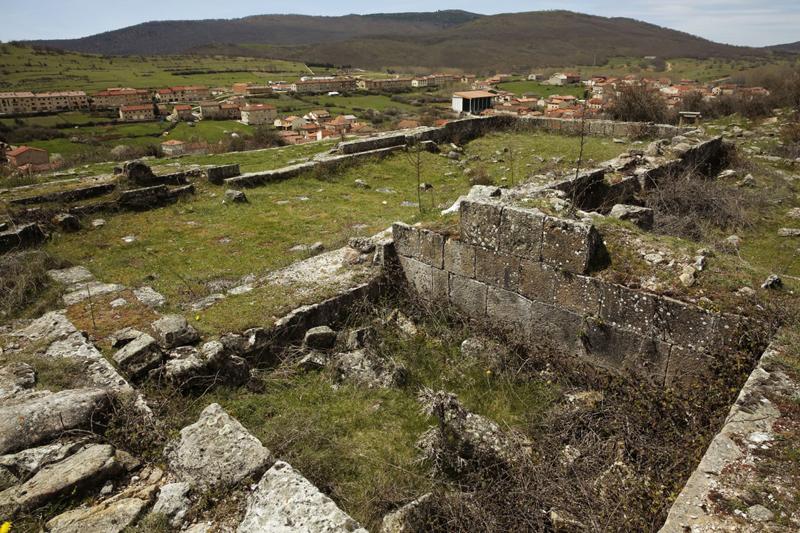 necropolis---palacios-de-la-sierra (1)