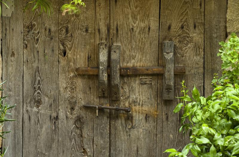 Tranca puerta, San Martin de Trevejos, Sierra de Gata