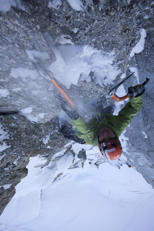High tension Ueli Steck