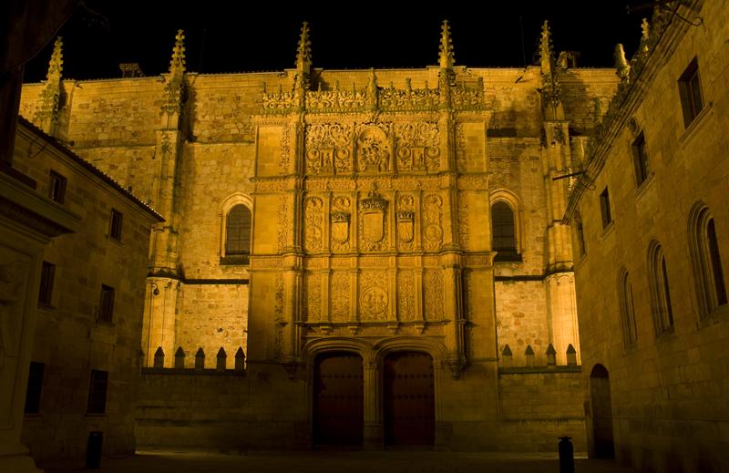 Fachada de la Universidad vieja de Salamanca
