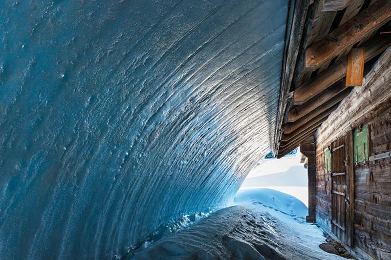 Tunel De Glace / Ice Tunnel