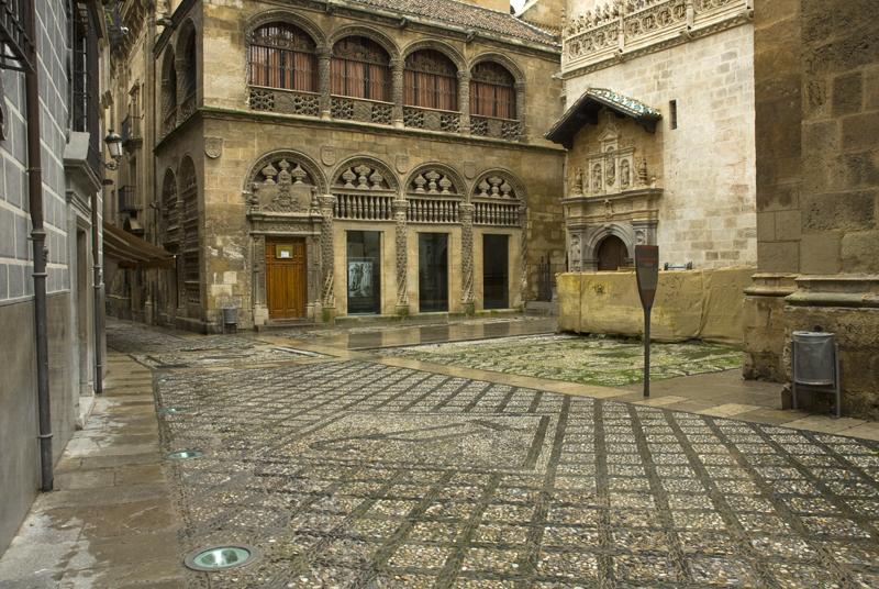 Lonja de Mercaderes y Capilla Real