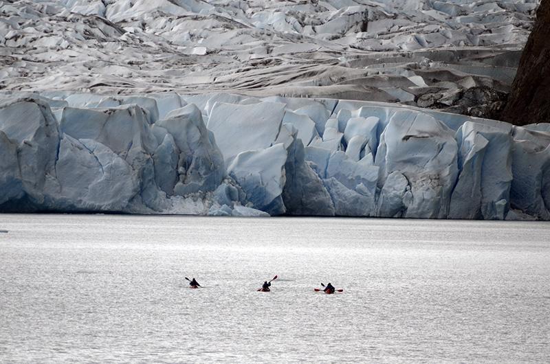 14Glaciar y lago Grey