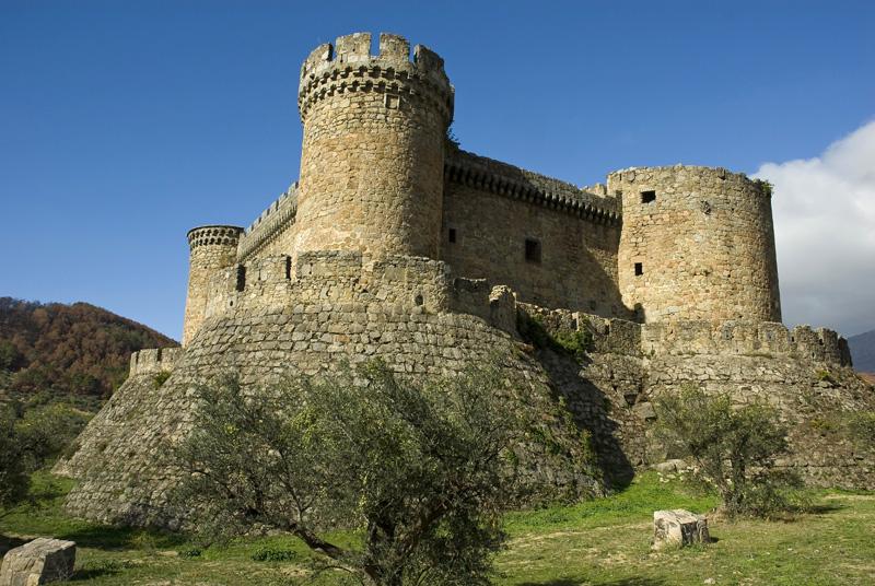 Castillo de Monbeltran-Valle de las Cinco Villas-Gredos
