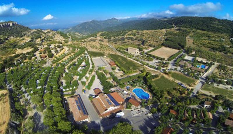 Camping Serra de Prades, ubicado entre viñedos, Tarragona