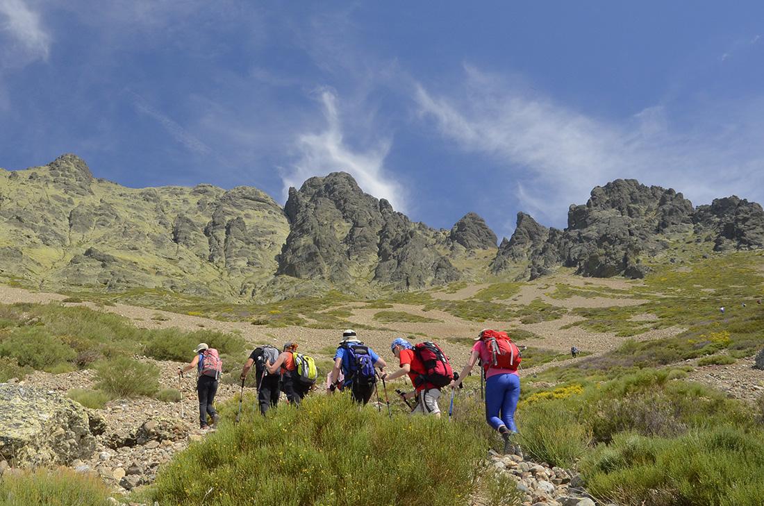 Subida en grupo, Montaña Palentina