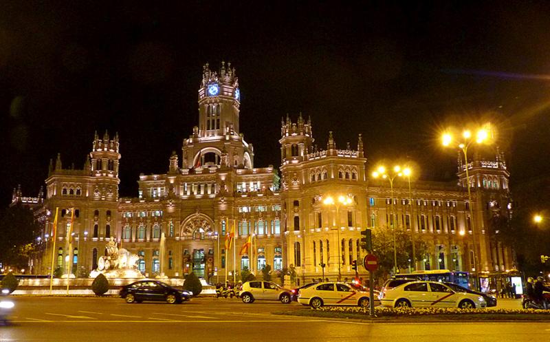 Plaza de la Cibeles-Madrid