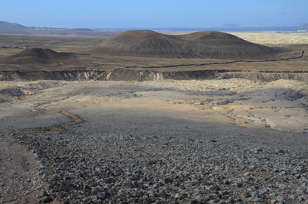 Subida a Montaña Roja-Fuerteventura