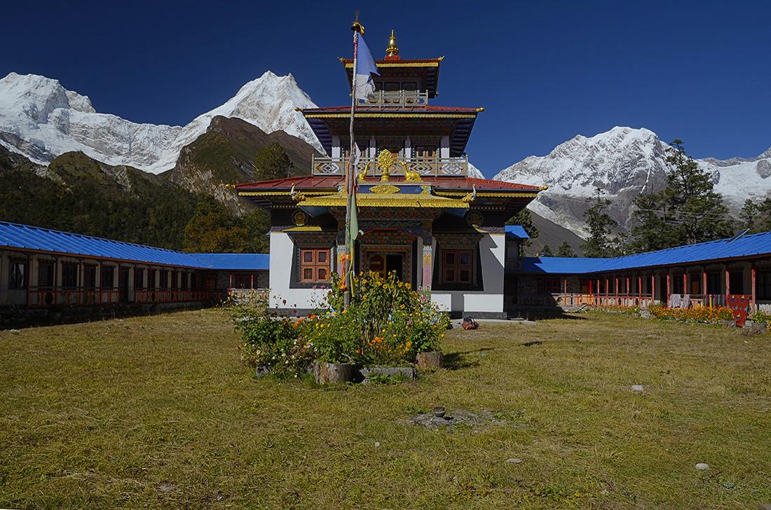 Hongsanbu y Manaslu, cordillera del Himalaya, Nepal