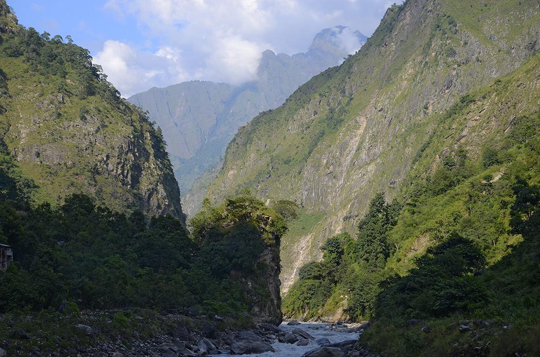 Buddhi Gandhaki, cordillera del Himalaya, Nepal
