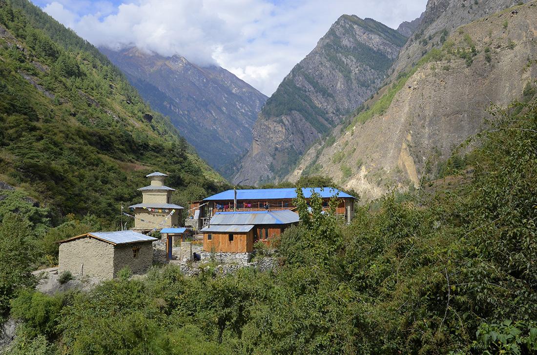 Alojamientos para trekkers, cordillera del Himalaya, Nepal
