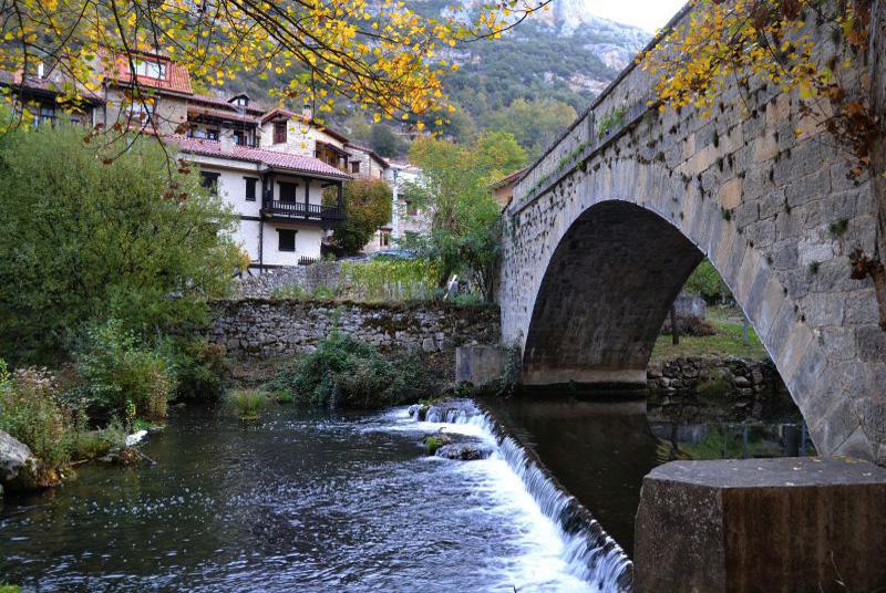 Puente de Valdelateja, Burgos