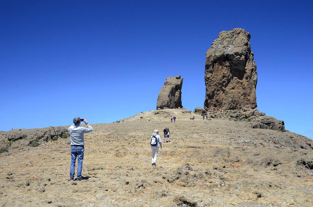 Roque Nublo y Rana
