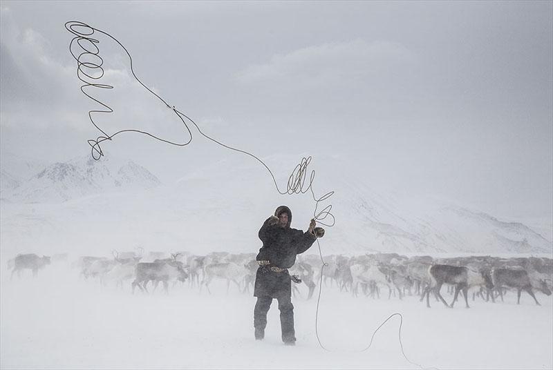 ???????& - PAVEL ZHIGALOV (RUSIA) - Mención de Honor: Hombre en Montaña-Naturaleza