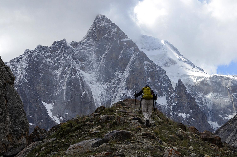 El pico Ak Suu 5355m