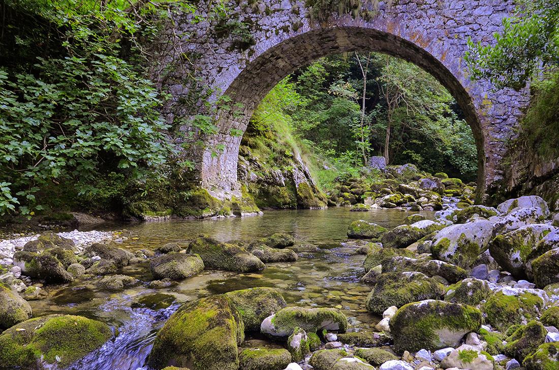 Río Urdón-Cantabria