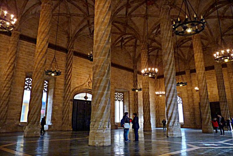 Arquitectura gótica-Lonja de Valencia