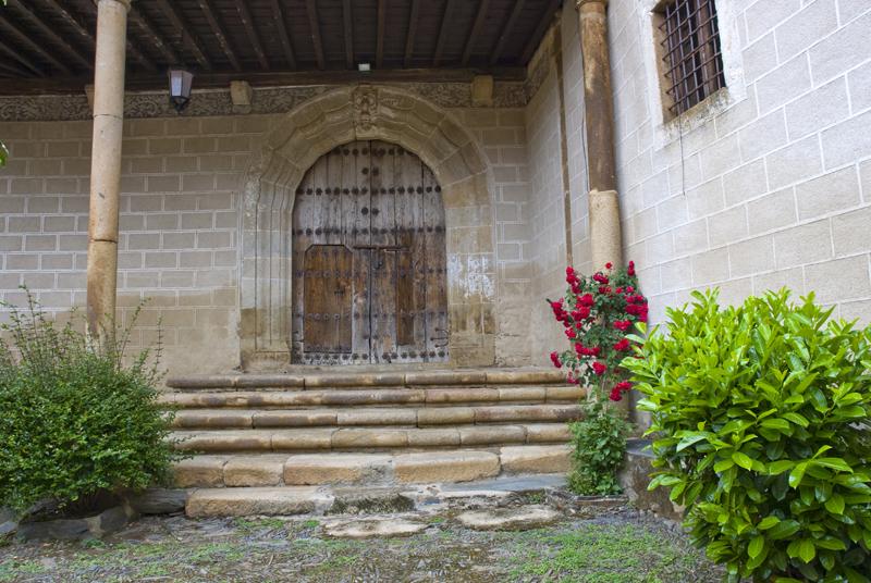 Iglesia de Robledillo de Gata