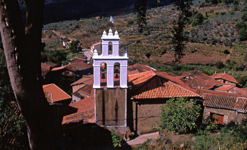 Iglesia de Robledillo