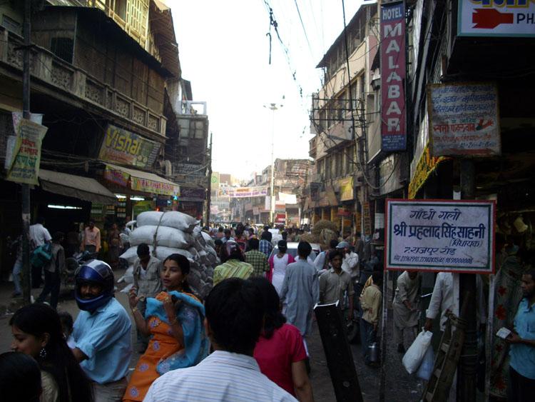 Escena típica de las calles de Delhi