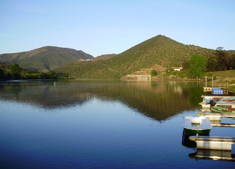 Puerto fluvial de Barca de Alba
