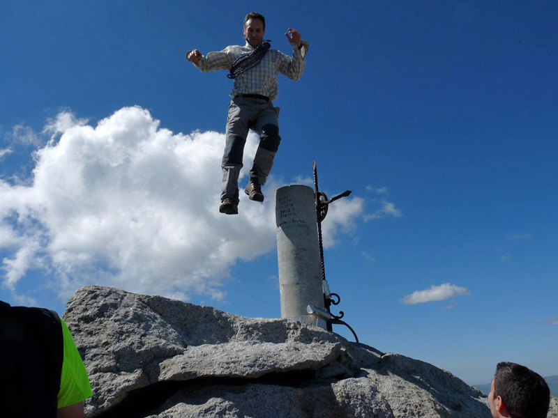 Volando en la cumbre