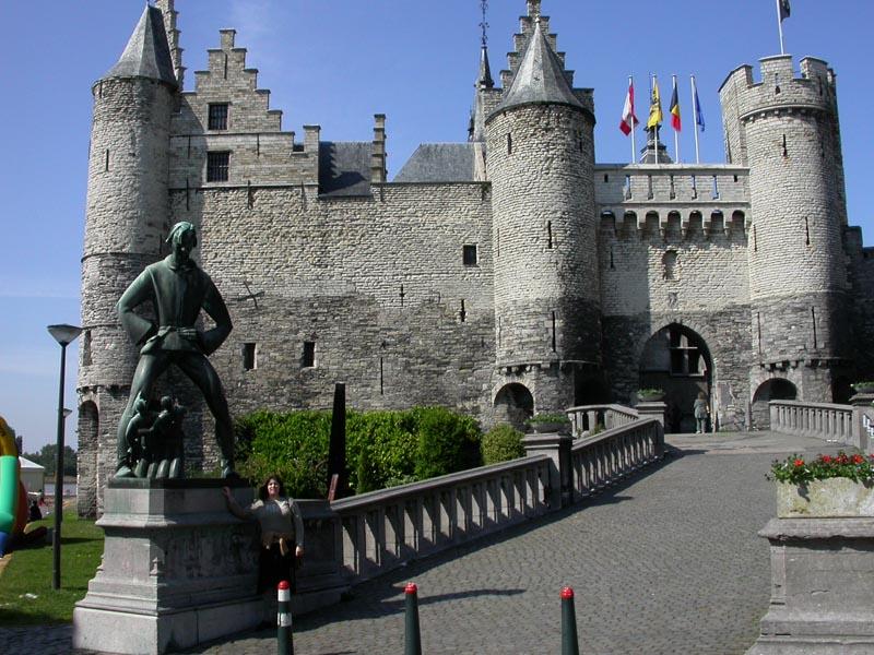 Het Steen. Amberes Bélgica