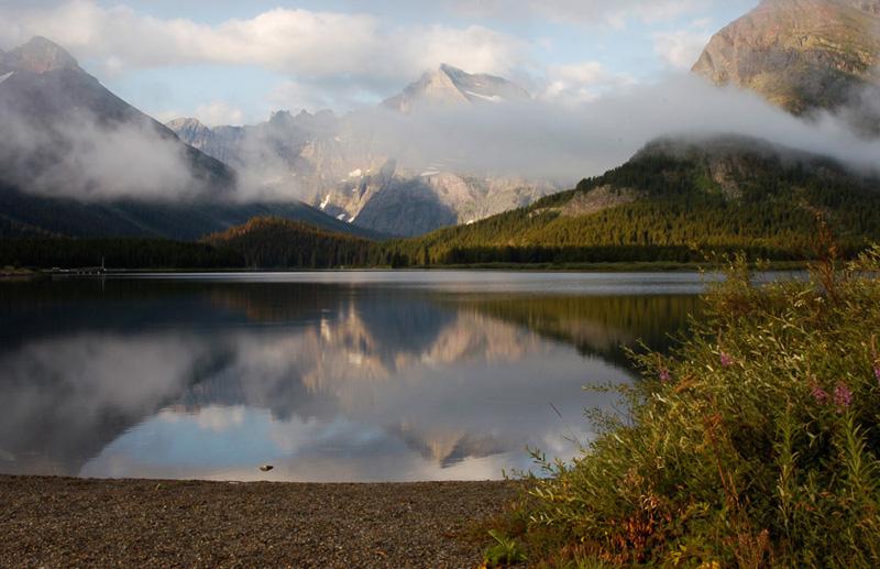 Glaciers Swiftcurrent Lake