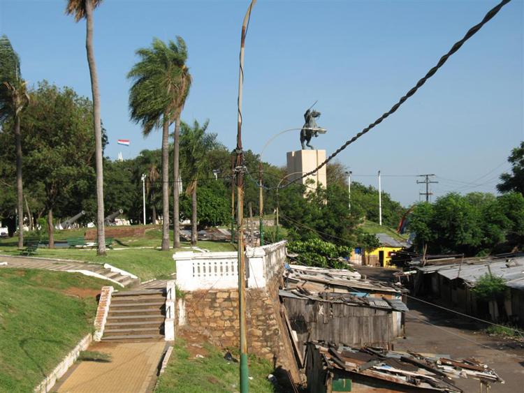 Miseria en Asunción