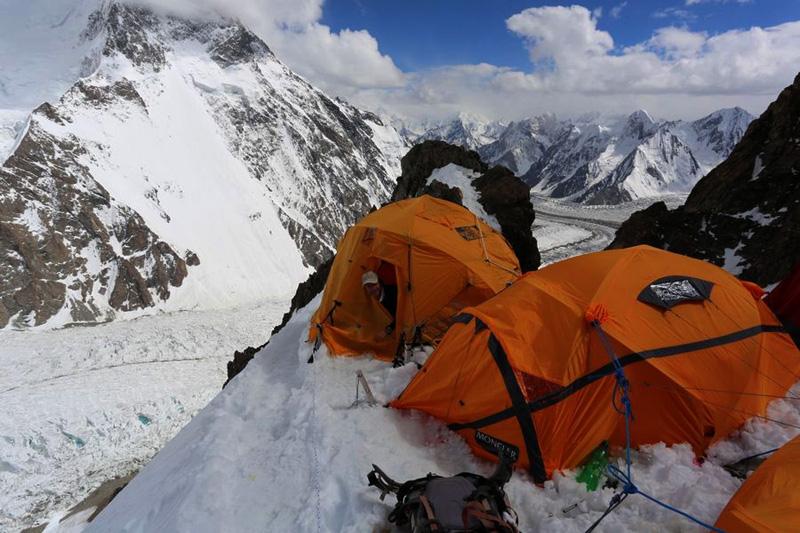 latorre-k2_02-el-camp-1-6100-m