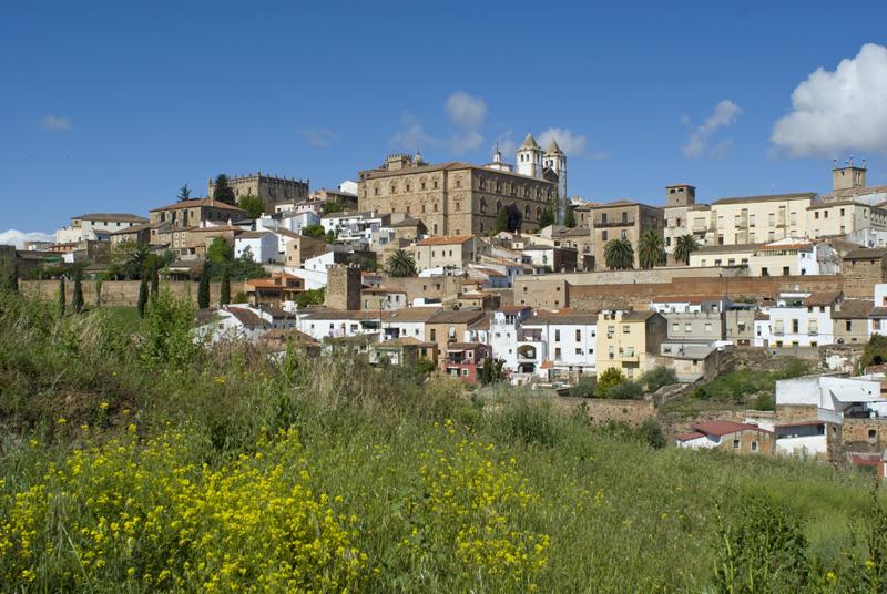 Cáceres desde el mirador de San Marquino y la rivera del Concejo