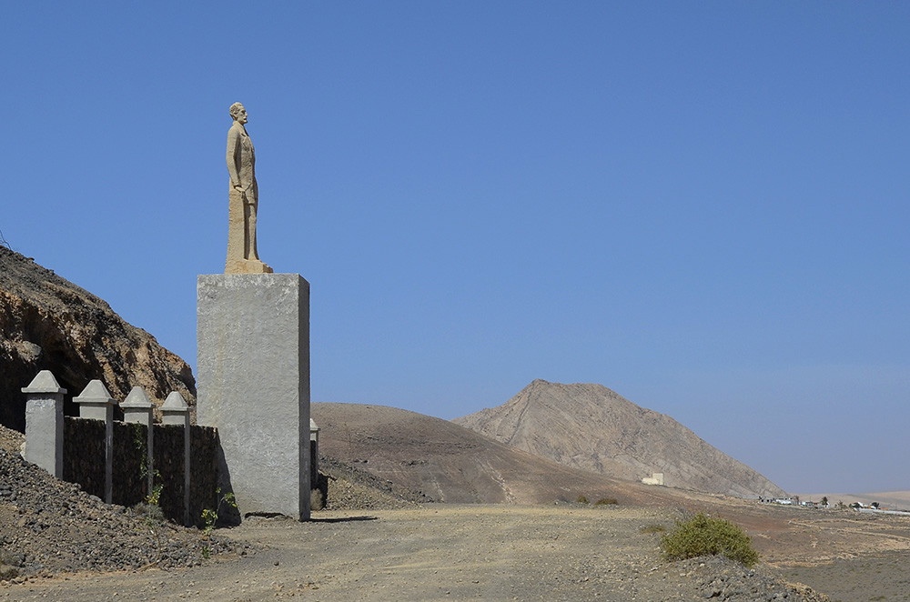 Monumento a Unamuno-Fuerteventura