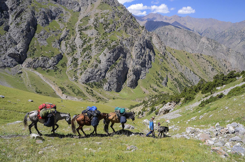 Descenso del paso Kara-Suu 3.660m-Kirguistán