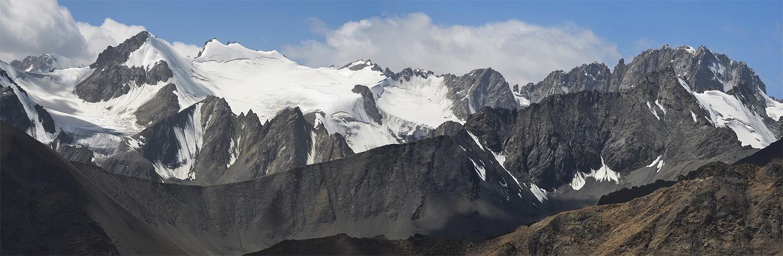 Cumbres de Turkestán-Kirguistán