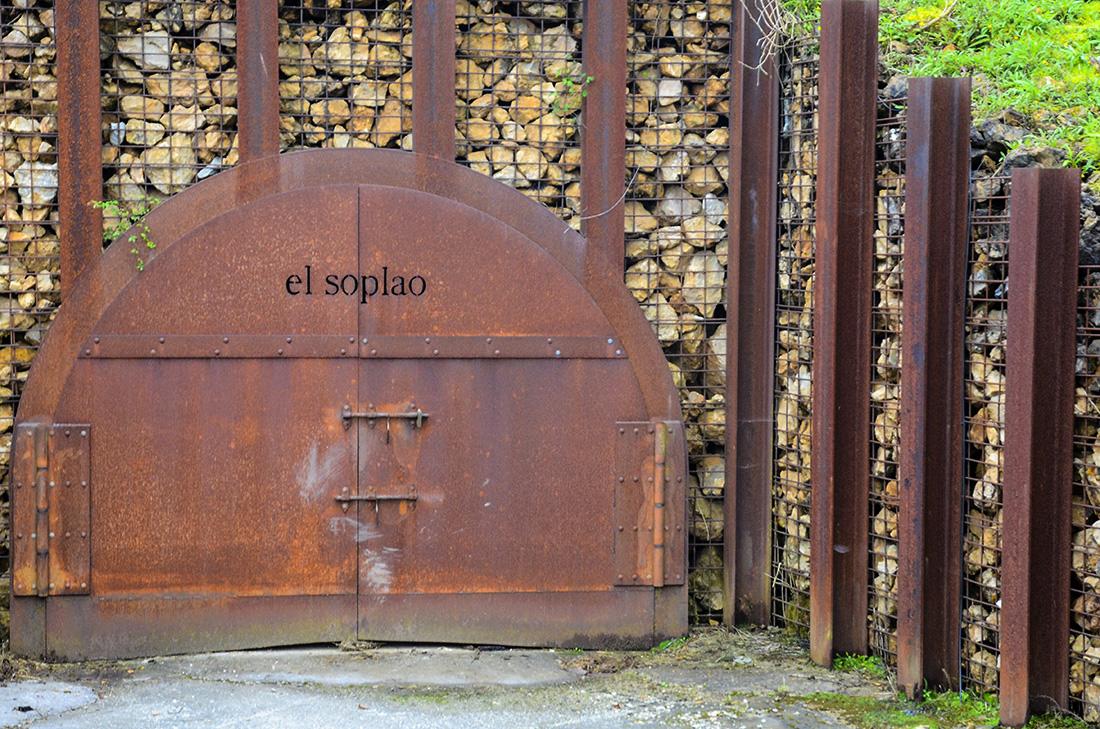 Entrada galería en El Soplao-Cantabria