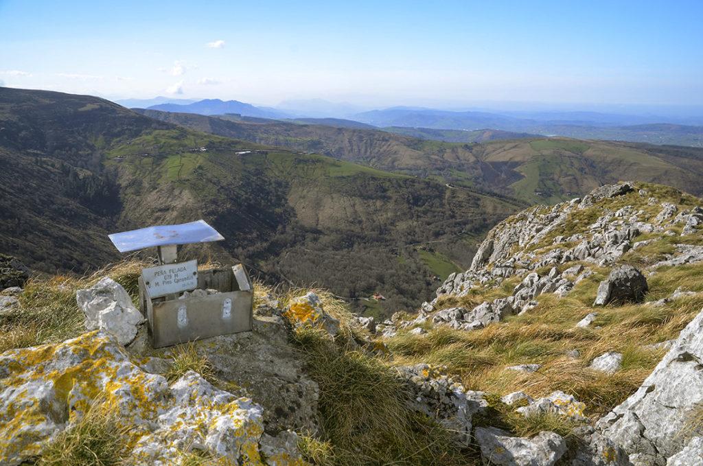 Cumbre Peña Pelada