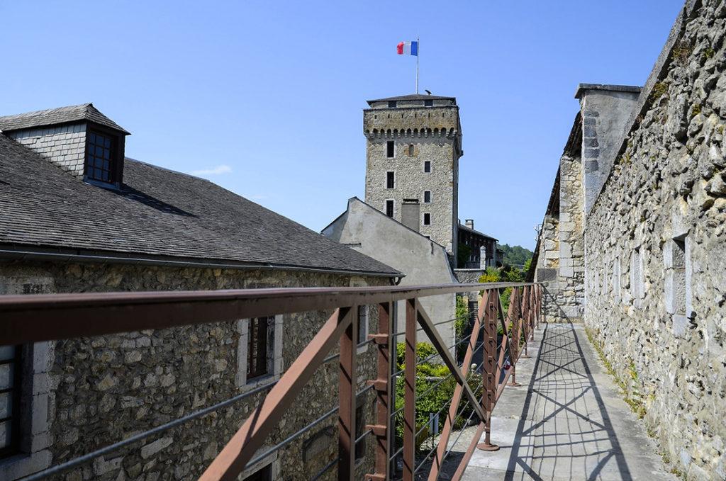 Castillo-de-Lourdes-Francia