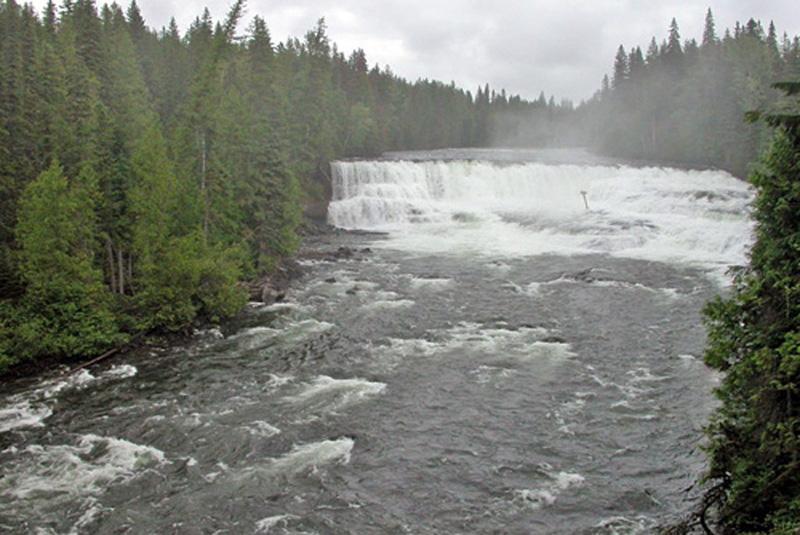 Dawson-falls-Canadá