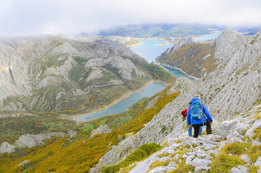 Hacia el pico Huelde-León