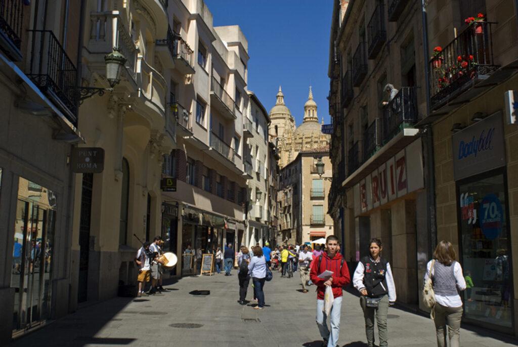 Paseando por la ciudad de Segovia